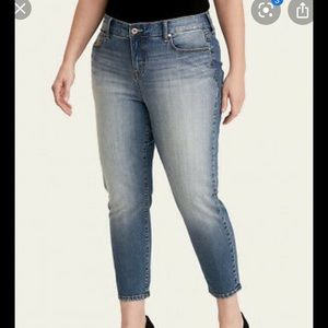 Torrid Cameron cropped 20W jeans